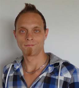 Moderator Frank Pomp im RLB Lotusblüte Radio & TV